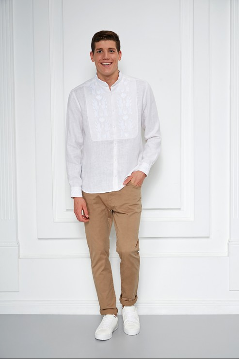 """""""Sich"""" white shirt with white embroidery photo"""