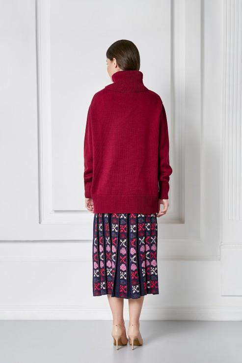 """Petra"" bordeaux sweater photo"