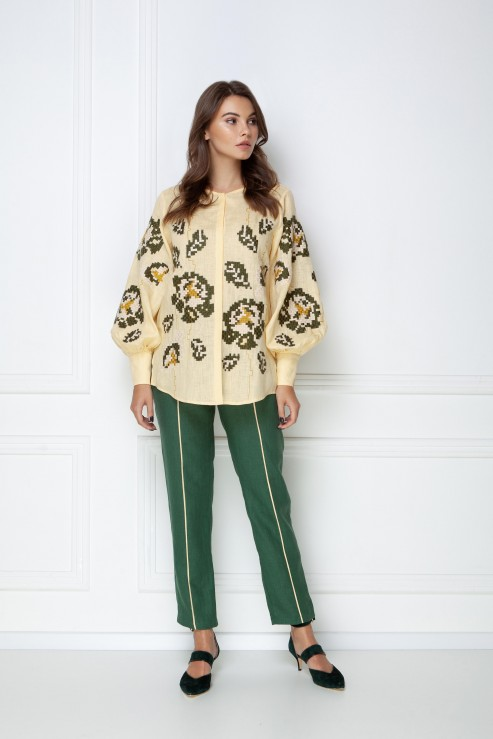 """Camelia"" beige blouse photo"